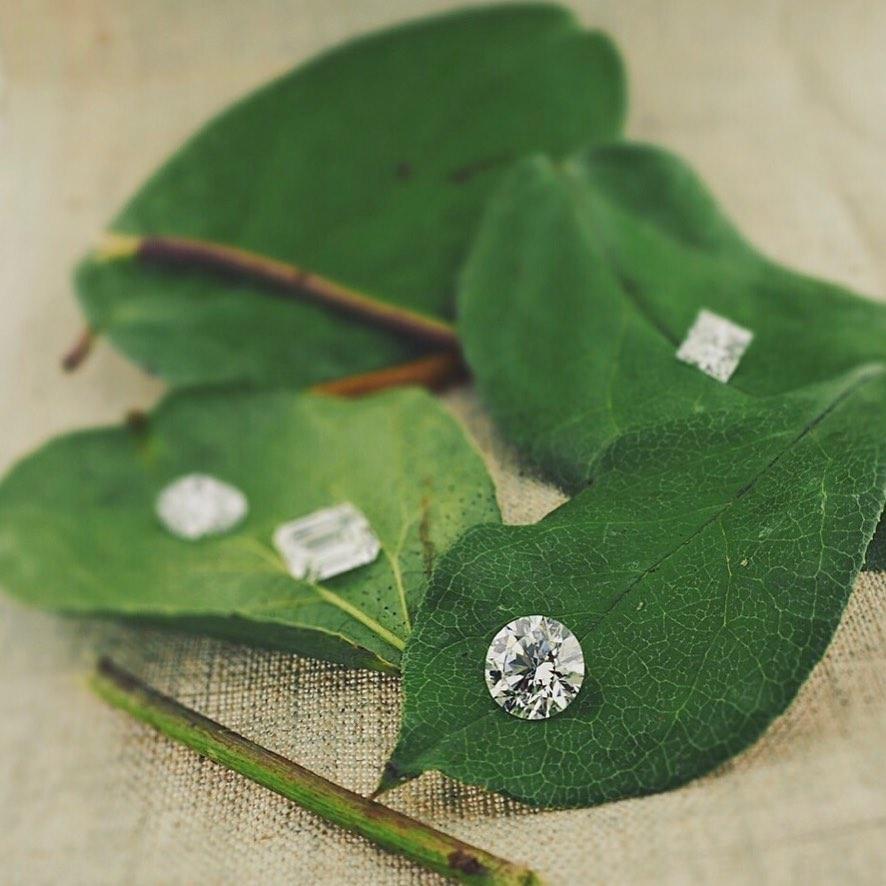 Exquisite wholesale diamonds displayed